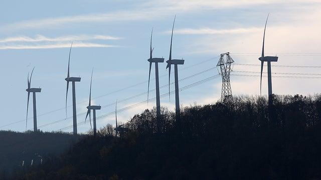 Renewable Energy Production Surpasses Coal Production in US