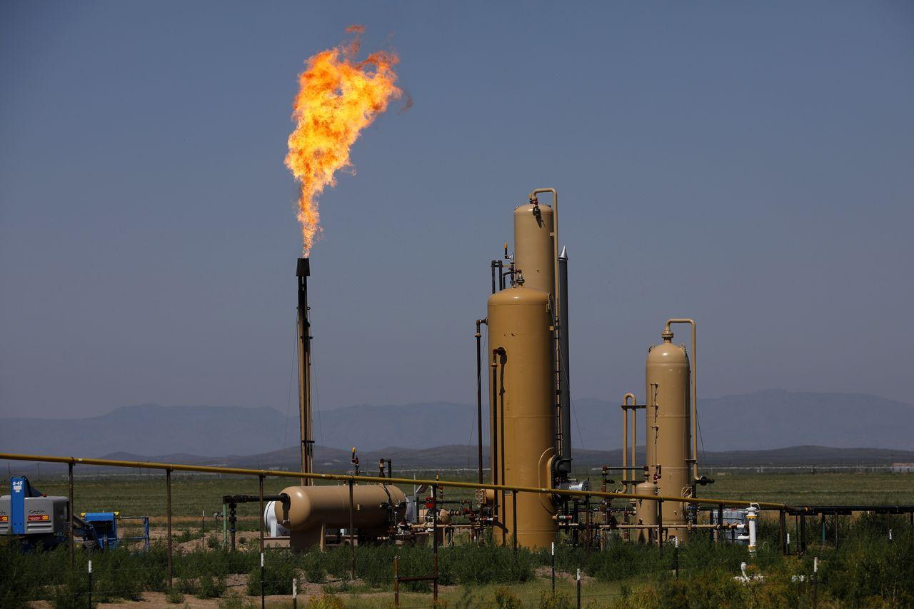 Natural Gas Surplus Is Breaking US Oil Industries