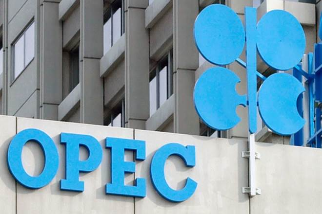 Saudis Dig-In for Shale Battle as OPEC and Its Allies Extend Cuts to 2020