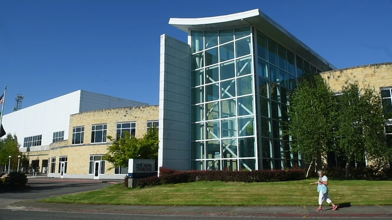 Tacoma Agrees to Oil Over Power Settlement