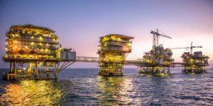 Saudi Aramco Contemplating Sale of $10 Billion Pipeline to Raise Cash